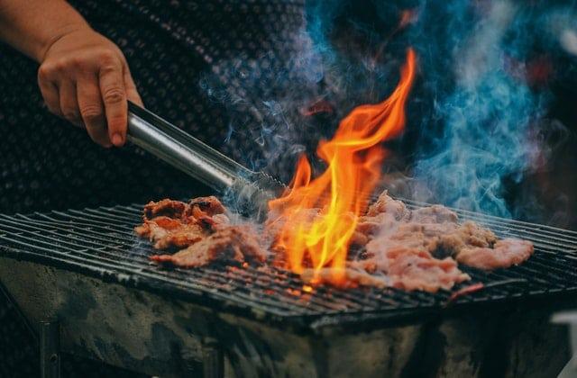 7 Grill tilbehør som du ikke kan leve uden - Grilludstyr til grillsæsonen